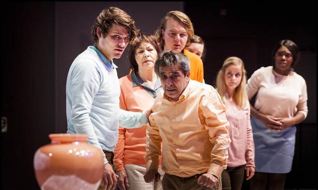 Eva Line de Boer wint BNG Nieuwe Theatermakersprijs